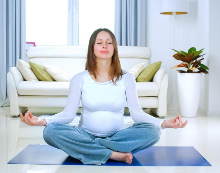 Почему на ранних сроках беременности нельзя нервничать