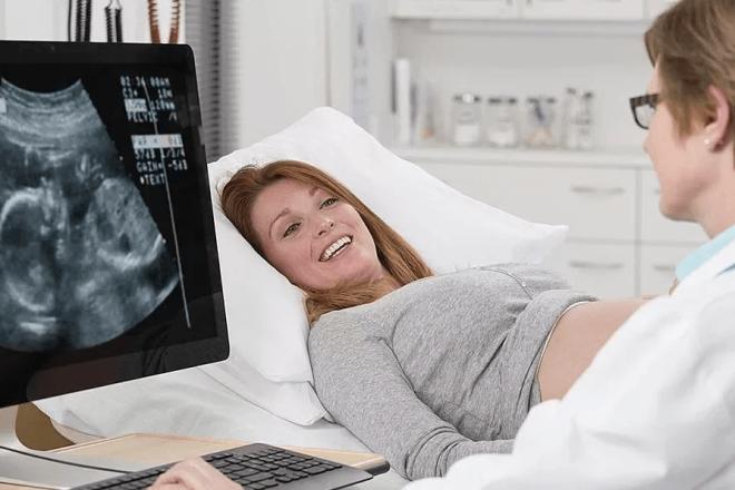 Как часто проверяют шейку матки при беременности