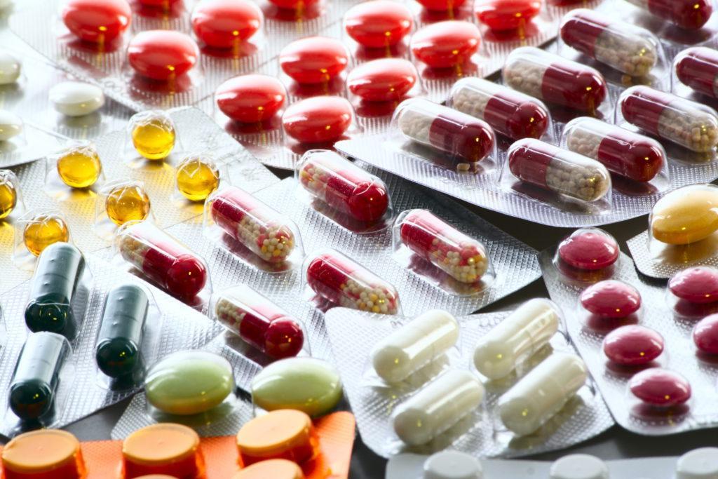 Препараты для восстановления микрофлоры кишечника для детей: обзор лучших лекарств от дисбактериоза