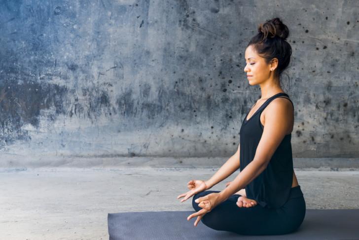 Йога для беременных: 6 поз для первого триместра. Физкультура для беременных