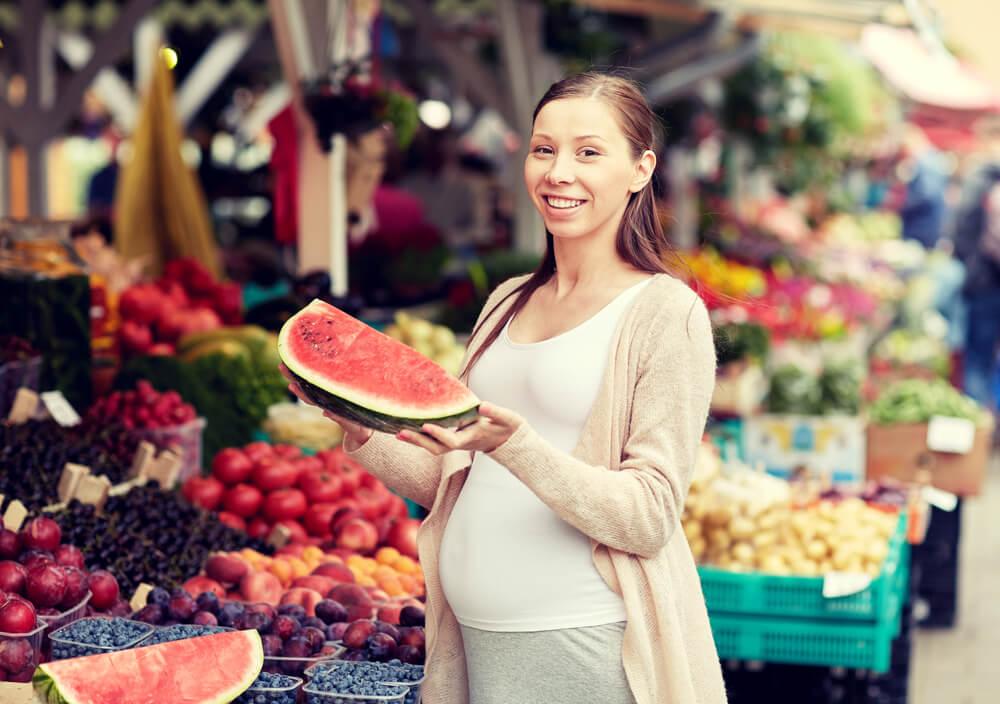 Можно ли есть арбуз при беременности на ранних и поздних сроках
