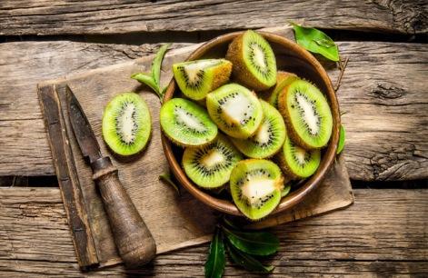 Киви при беременности: можно ли есть, чем полезен, вкусные рецепты