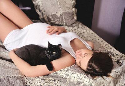 Можно ли беременным женщинам шить или вязать и если нельзя то почему
