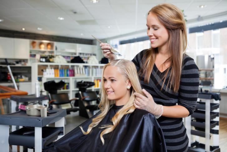 Какой краской можно покрасить волосы при беременности